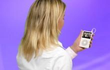 Website Video girl holding ipod